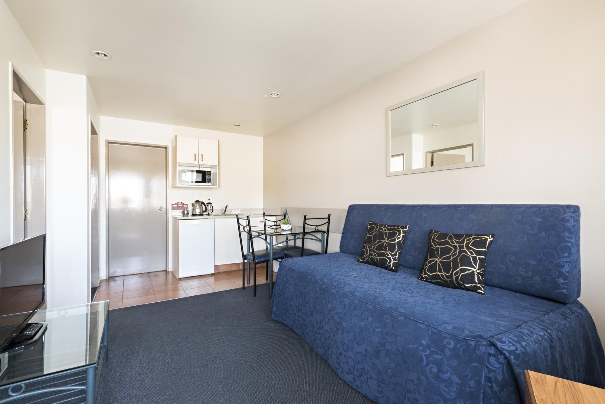 motel_2bedroom-large